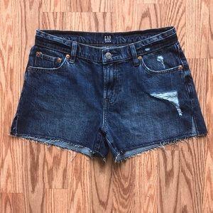 NWOT-Gap Distressed Shorts